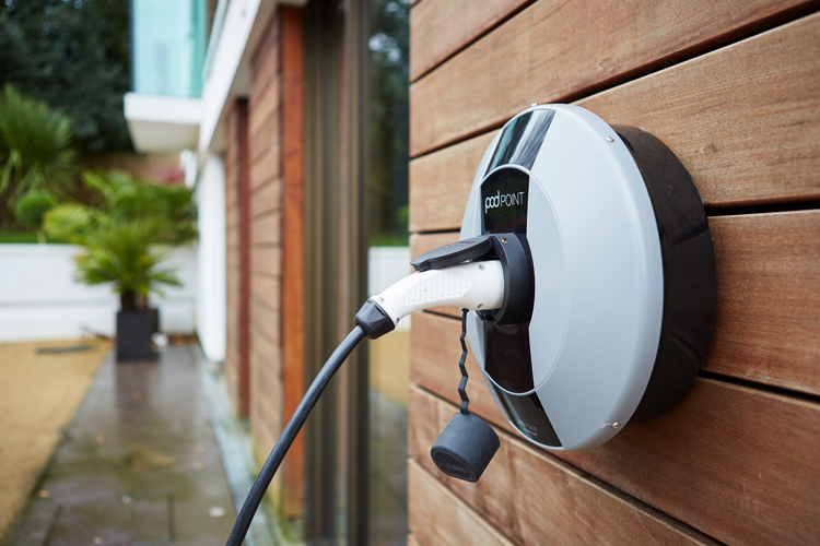Nissan Leaf Charger >> Electric Vehicle Charging – Phoenix Utilities